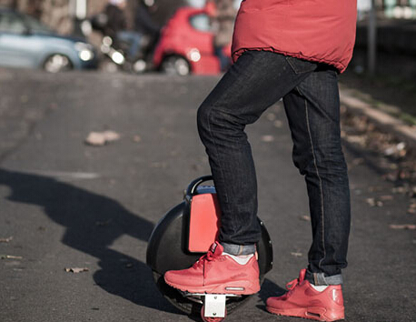 Fosjoas Electric Unicycle, A Personal Green Transportation