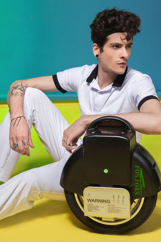 V8 electric unicycle two wheels