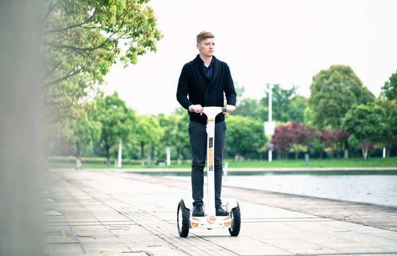 Fosjoas V9 self-balancing electric scooter